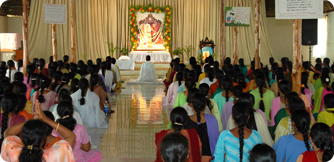 tempel indian crowd